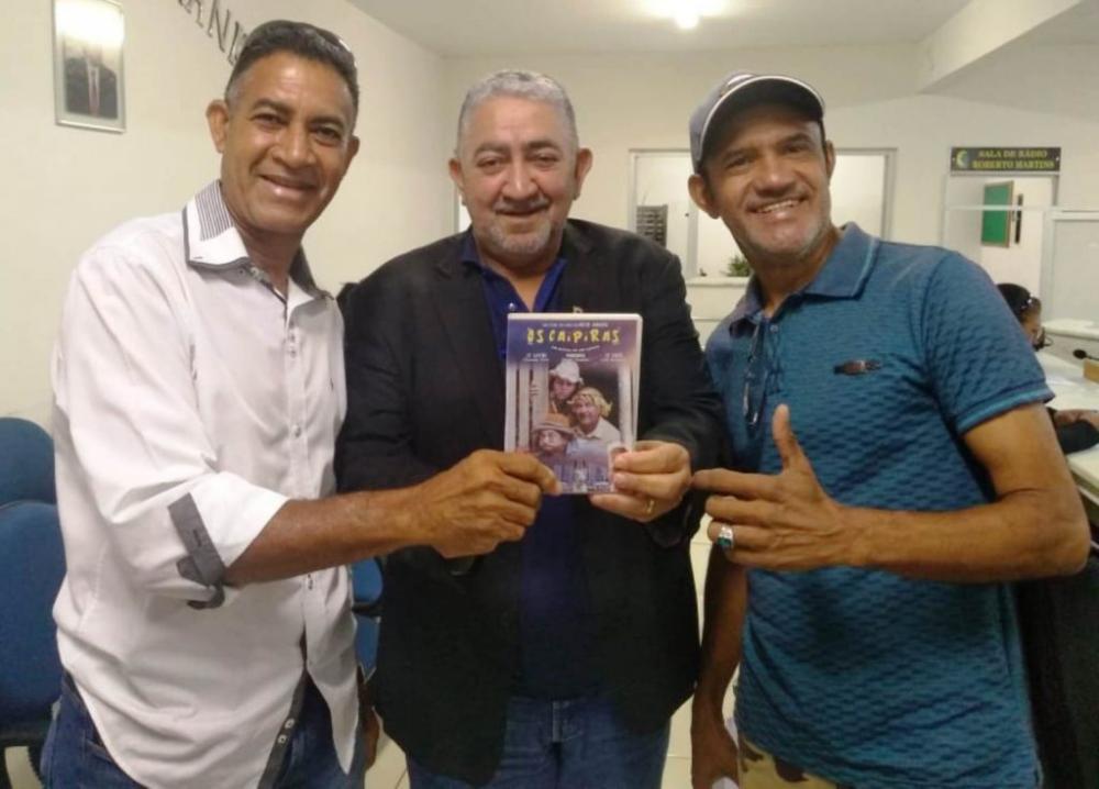 """Produtor de Imperatriz divulga o longa metragem """"OS CAIPIRAS"""" na Câmara Municipal"""