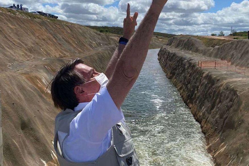 Bolsonaro inaugura obra do Rio São Francisco que irá beneficiar Paraíba