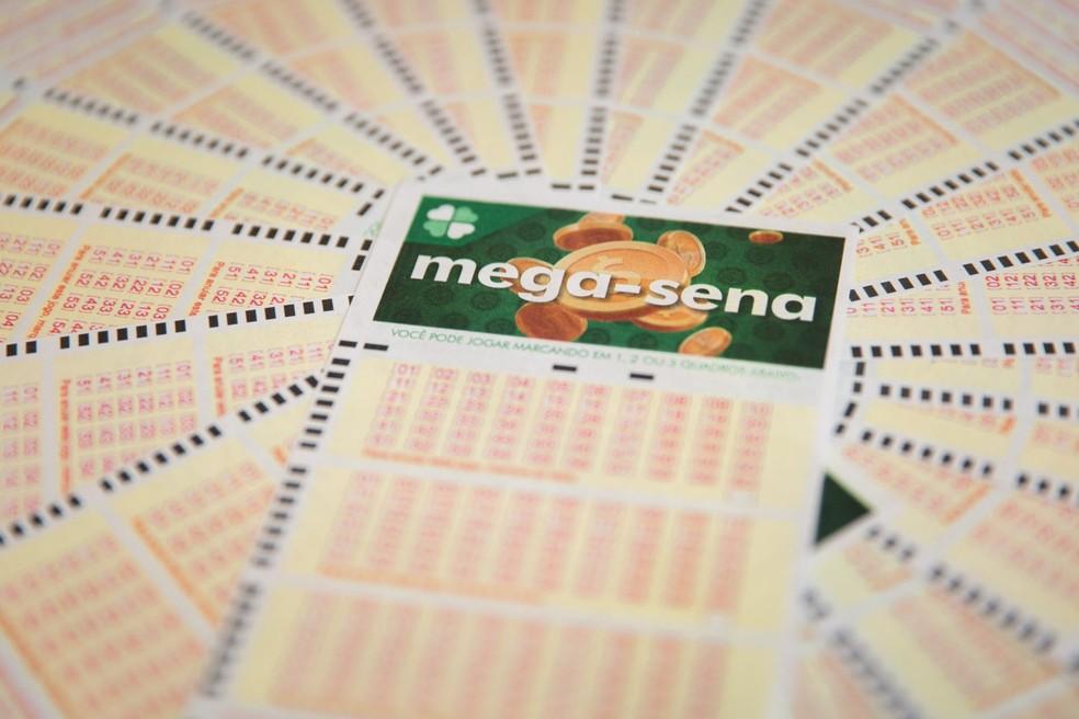 Mega-Sena pode pagar R$ 33 milhões nesta quarta